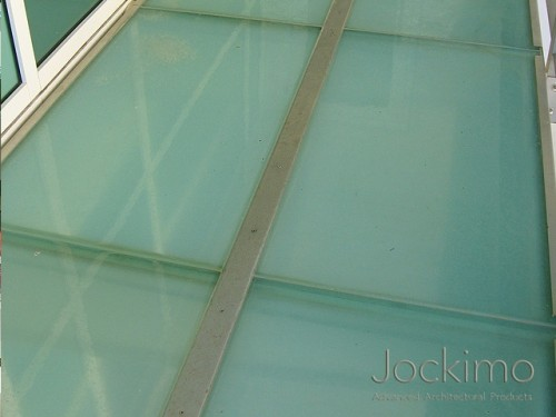 cayman-glassflooring-close