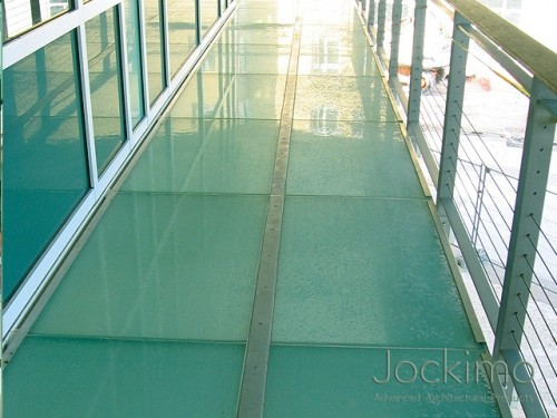 cayman-glassflooring-close2