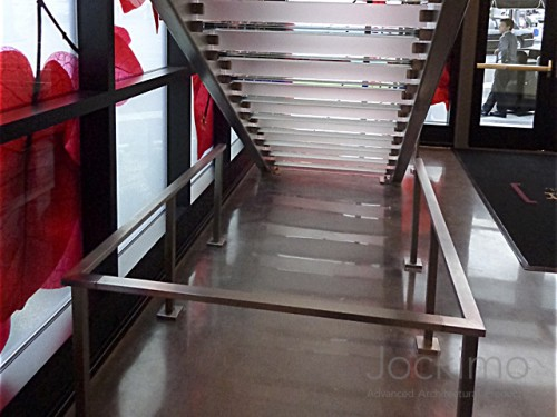 Bel Air Bar, glass treads, glass steps, glass stair treads, anti-slip glass, anti-skid glass